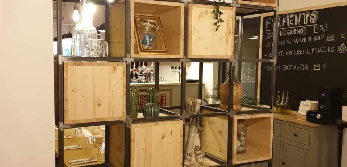 Tavoli e mobili industrial